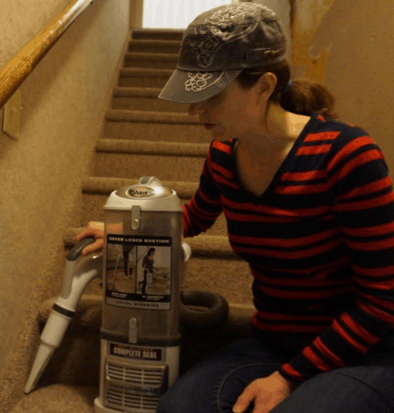 Bagless Vacuum 3