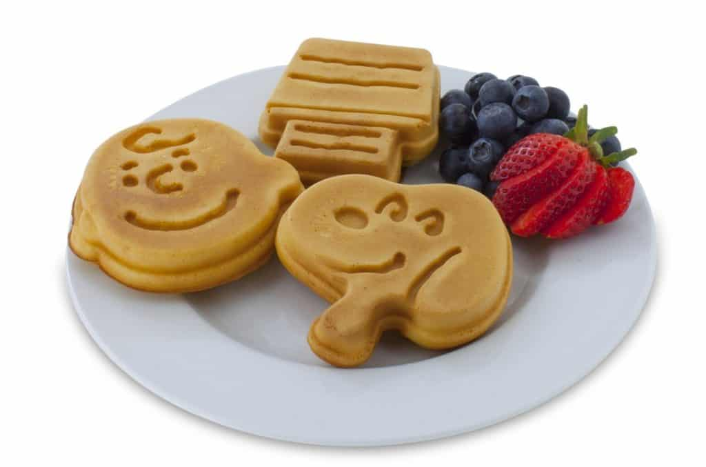 Snoopy and Charlie Brown Waffle Maker