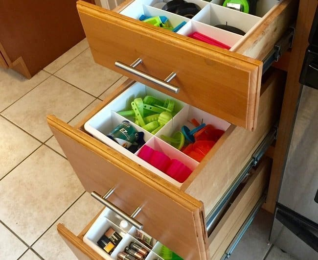 kitchen-divider-drawer-organizer